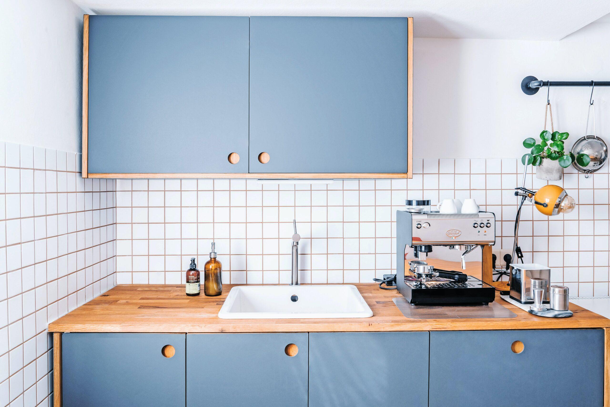 Najlepsza farba do płytek kuchennych